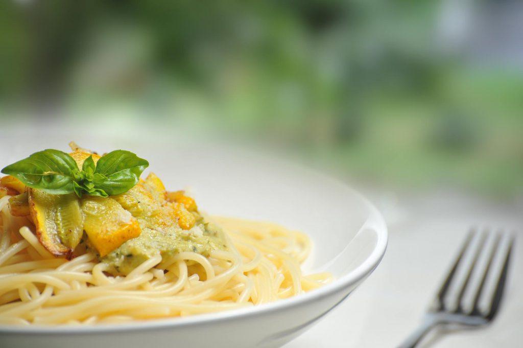 food-plate-yellow-spaghetti-64208
